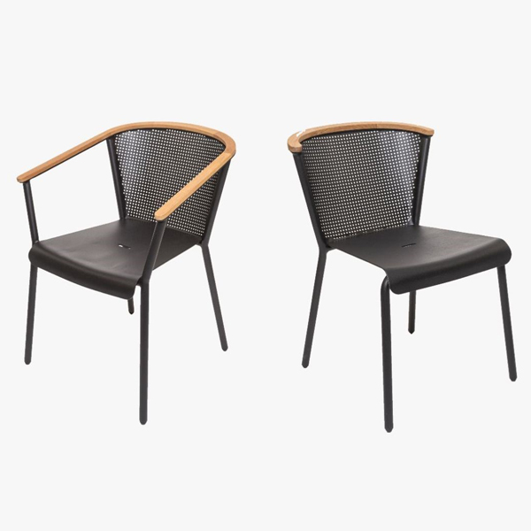 OASIQ outdoor furniture
