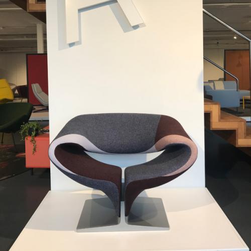 Artifort Ribbon chair